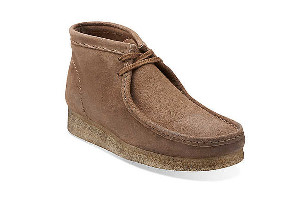 Clarks Wallabee Boots - Men's - taupe distressed, size 9