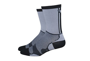 DeFeet Levitator Lite Tall Socks