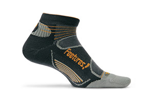 Feetures! Elite Light Cushion Low Cut Socks