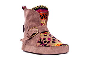 MUK LUKS Wendy Short Buckle Slipper - Womens