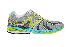 New Balance 870V2 Shoes - Womens