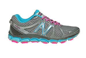 New Balance 810v2 Shoes - Womens