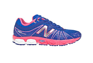 New Balance 890v4 Shoes - Womens
