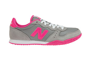 New Balance 402 Shoes - Womens