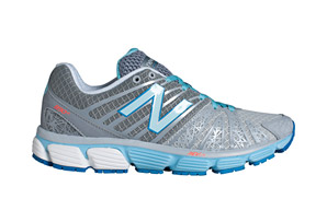 New Balance 890 V5 Shoes - Womens