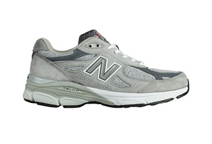 New Balance 990 v3 Shoe - Women's