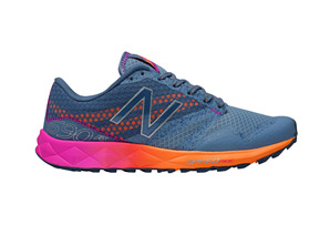 New Balance 690 v1 Shoes - Women's