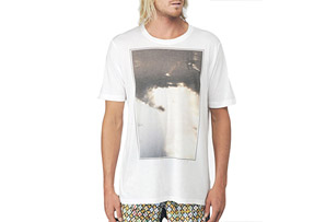 REEF Leash In The Sky Tee - Mens