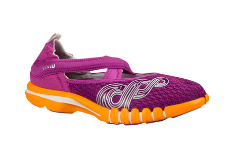 ahnu yoga split shoes - women's- Save 47% Off - Designed for low impact hybrid workouts and post-workout recovery, the Yoga Split incorporates a breathable air mesh and forefoot Flex Zone to provide unequalled comfort in the most