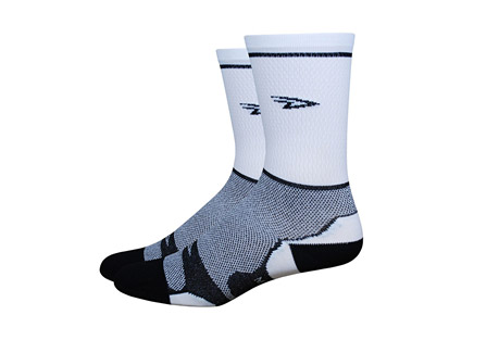 defeet levitator lite tall socks- Save 54% Off - The Levitator Lite includes some of DeFeet's best technology. Setting out to improve on the original Aireator was no simple task. The result is an even lighter weight sock with 360 degree airflow around the mid foot and no reduction in strength and durability. It was an instant choice of top professional cyclists and runners hungry for the finest thin sock they could own.  Sizing:  - Small: W6-8  - Medium: W8.5-10.5/M7-9  - Large: W11-13/M9.5-11.5  - X-Large: 12+