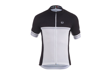 Giordana Silverline Raglan Short Sleeve Jersey - Men's: Save 52% Off - Giordana Size Chart  Silverline garments showcase performance and value as only decades of expertise in cycling apparel manufacturing can. This jersey is the culmination of that experience. The Short Sleeve SilverLine Jersey is reminiscent of wool jersey construction, using a single seam which loops under the armpit and over the middle of the shoulder to attach the body panels. This provides a characteristic fit and feel. The light and breathable Microphase main body is paired with Asteria 2.0 shoulder that stretch for a form fit and full range of motion.  Features:  - MicroPhase(TM): front, side and back panels.  - Asteria 2.0(TM): shoulders and collar for aerodynamic fit.  - Full CamLock(TM) reversed zipper.  - Three rear cargo pockets with fourth zippered pocket.  - Rolled elastic waistband  - Reflective accents for visibility