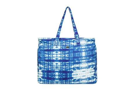roxy single water b beach tote- Save 54% Off - The Single Water B Tote has space for everything you need for a day at the beach. Made of cotton canvas, it is washed for softness and features a tie dye pattern. The top zips closed to keep your cargo secure, and an interior patch pocket provides organization.  Features:  - Washed cotton canvas  - Zip top closure  - Inside patch pocket  - Metal plate  - Size: 16
