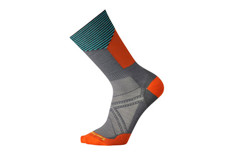 smartwool phd cycle ultra light pattern crew socks- Save 40% Off - Size Chart  Sometimes you just want a tall bike sock. A sock that fits well in your shoe, doesn't rub and helps keep your feet dry and comfortable on even the longest rides. The PhD(R) Cycle Ultra Light Crew checks all of those boxes plus features Indestructawool(TM) technology for ultimate durability.  Features:  - Virtually Seamless toe  - 200 needle construction provides highest knit density while maintaining ultra light weight  - 8.5