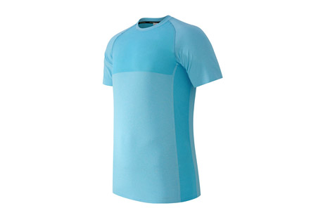 new balance m4m seamless short sleeve - men's- Save 60% Off - Minimal seams. Maximum cooling. The Made for Movement Seamless Short Sleeve Top now has NB ICE, a sweat-activated cooling technology for when your workout or the weather heats up.  Features:  - Material: 69% Nylon and 31% Polyester  - Athletic fit  - Breeze cooling yarns  - Engineered jacquard pattern  - Seamless body construction  - Shark reflective details